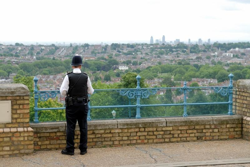 Police launch 'dial a bobby' scheme